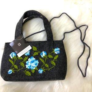 NWT Valerie Stevens embroidered evening bag